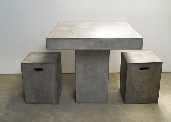 CO-cont.-table-with-stols